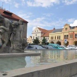 Společnost Culligan dokončuje modernizaci kašny ve Vodňanech