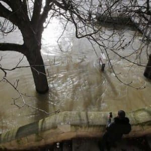 Kvůli záplavám v jižní Francii bylo evakuováno 1600 lidí