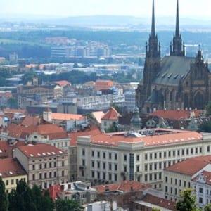 20 milionů pro zachytávání dešťovky a pro zelené střechy v Brně