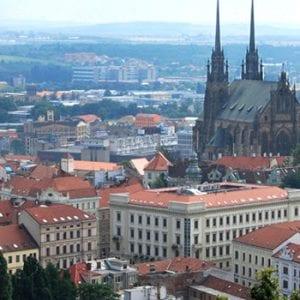Dvacet milionů na zelené střechy a zadržování dešťovky v Brně