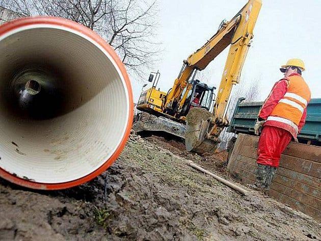 kanalizace-stavba-kanal-ilu-denik-605-galerie-980_denik-630