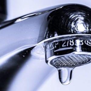 Budou obyvatelé Sádeckého dvoru bez pitné vody?