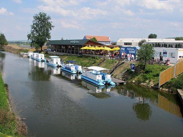 plavba-batuv-kanal_denik-630