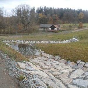Suchá nádrž na Chrudimsku pojme stoletou vodu