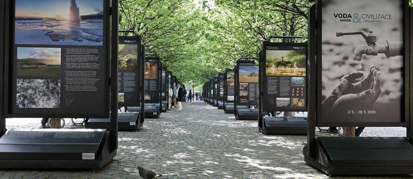 putovni-vystava-voda-a-civilizace-zavita-i-do-pisku_galerie-980-805x350