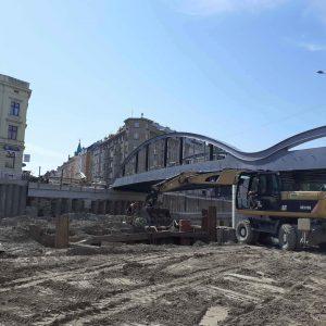 V říjnu nasune Povodí Moravy zbývající část mostu v Olomouci nad vodu