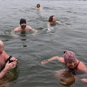 Kamencové jezero i pro otužilce
